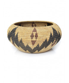 c. 1925 coiled basket by an unknown artist (Mono Lake Paiute)