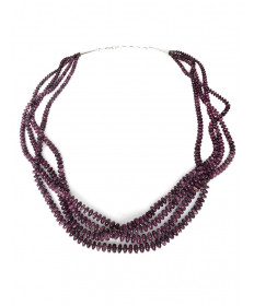 4-strand spiny oyster necklace by Kenneth Aguilar (Santo Domingo)