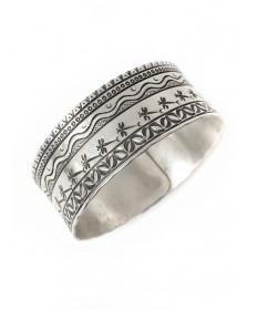 Sterling silver bangle bracelet by Kenneth Johnson (Muscogee Creek/Seminole)