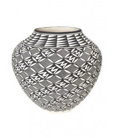 Pottery bowl by Katherine Victorino (Acoma)