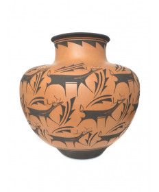 Large deer pot by Anderson Peynetsa (Zuni)